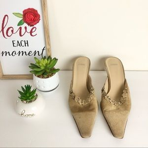 COACH Size 9 B Suede Pointed Toe with Flower Shoes